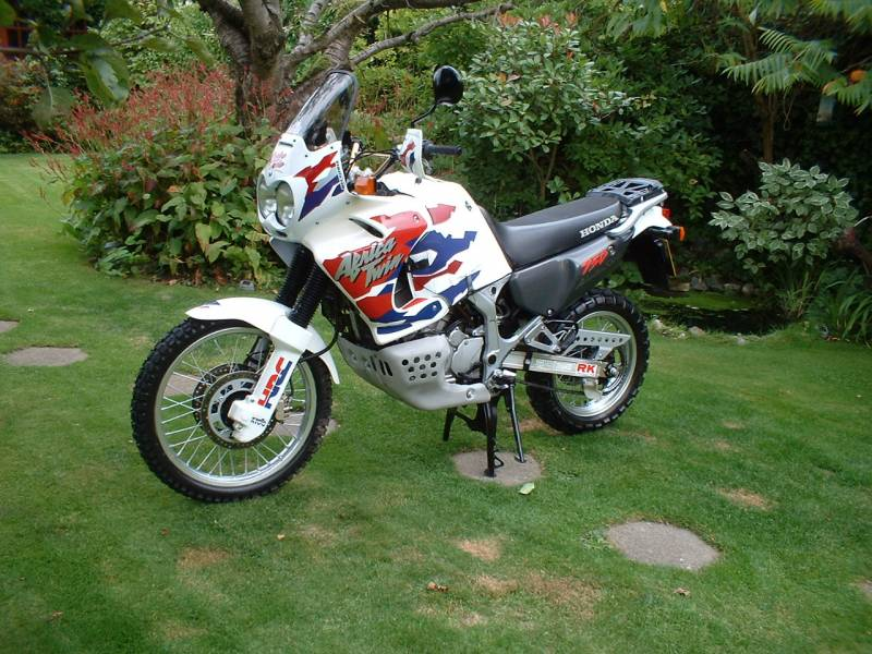 honda_Africa_Twin_1999_Finished_015